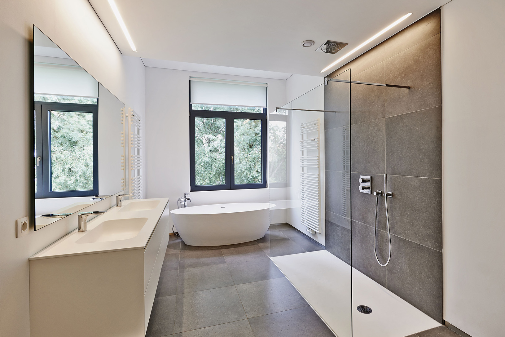 leading bathroom installations and shower fittings